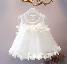 Baby Robes – Baby and Toddler Clothing and Accesories Baby Girl Birthday Dress, Baby Girl Party Dresses, Little Girl Dresses, Flower Girl Dresses, Dress Party, Girls Frock Design, Baby Dress Design, Baby Girl Dress Patterns, Kids Gown
