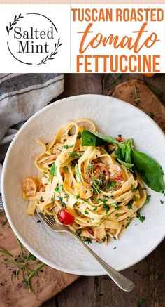 The Best 30 Minute Tuscan Creamy Tomato Pasta - This silky creamy tomato pasta is the perfect spring weeknight dinner. It's Bursting with juicy cherry tomatoes, peppery basil and just a kiss of cream to make it all silky and slurpable Tomato Pasta Recipe, Creamy Tomato Pasta, Tomato Pasta Salad, Pot Pasta, Pasta Dishes, Pasta Recipes, Salad Recipes, Dinner Recipes, Cooking Recipes