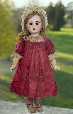 "23"" (58 cm)  Antique French Bisque Bebe Jumeau,1907 with her Original dress &Hat"