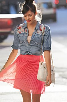 79% of women use fashion as a way to self-express on date nights. #tjmaxx #maxxexpression    Totally chic