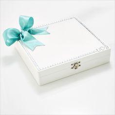 Shi  Uri | Contemporary Bride bridesmaid box with personalized monogram for each bridesmaid