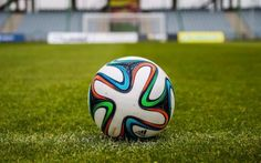 Is there enough world class players playing the game today? What are your thoughts? Let me know on http://unitedwithfootball.com/world-class-footballers