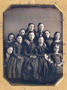 School girls with their teacher, Daguerreotype Vintage Photos Women, Antique Photos, Vintage Pictures, Vintage Images, Time Pictures, Old Pictures, Old Photos, Tintype Photos, Old Images