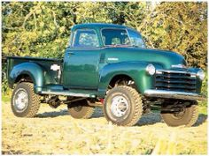 Nice to see an older truck lifted! Vintage Chevy Trucks, Custom Chevy Trucks, Classic Chevy Trucks, Chevrolet Trucks, Lifted Trucks, Cool Trucks, Pickup Trucks, Gmc Pickup, Old Chevy Pickups