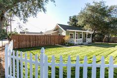 Nassau yard with lush lawn & pretty white picket fence.    #RanchStyle #RealEstate #Duplex #Property #California www.verono.com/nassau