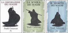 La trilogia del mago nero - Trudi Canavan Bookends, Book Holders