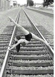 Acrobatics on the tracks