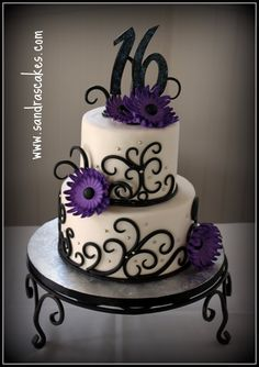 Love this sweet 16 cake. Pretty Cakes, Cute Cakes, Beautiful Cakes, Amazing Cakes, Sweet Sixteen Cakes, Sweet 16 Cakes, Sweet 16 Birthday Cake, Birthday Cake Girls, Birthday Cakes