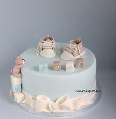 Marsispossu: Pastellisävyinen ristiäiskakku, Christening cake for baby boy