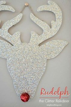 On Dancer - On Dasher - On Donner and Blitzen! With just a few simple supplies, you can make this cute Homemade Christmas Decoration! Pin this to your Christmas Board!