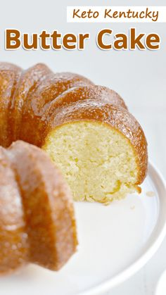 Kentucky butter cake is a moist and buttery pound cake with a sweet butter sauce that soaks through the cake. This indulgent keto kentucky butter cake is going to blow your mind! Keto Kentucky Butter Cake - You must try this recipe. Low Carb Sweets, Low Carb Desserts, Low Carb Recipes, Diet Recipes, Diet Meals, Diet Foods, Keto Desert Recipes, Sugar Free Recipes, Bon Dessert
