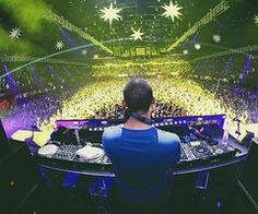How abt 'Wow'? Afrojack concert
