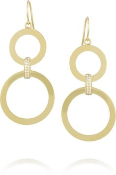 Handmade 18-karat gold Diamonds, total weight: 0.20-carats Hook fastening for pierced ears This piece has been certified in accordance with the Hallmarking Act 1973 // As seen on Emma Roberts at the 71st British Academy Film Awards - February 18, 2018