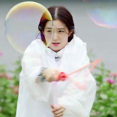 Seulgi, Rv, Red Pictures, Korean People, Black Pink Kpop, Just Beauty, Red Velvet Irene, Fandom, Aesthetic Girl