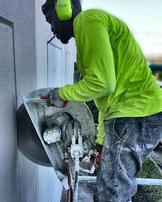 #miamidade  #concretecutting #miami #flaglerstation #construction #constructionsite #demolition #concrete #concretecuttingmiami #florida #concretelife #concreteconnection #handsaw