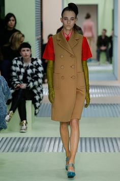 Prada Fall 2015 RTW Runway – Vogue