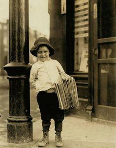 madame-bazaar:  George Okertich, St. Louis, Missouri, May 9, 1910. Photo by Lewis Hine.