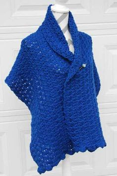 Linked Shell Shawl - free crochet pattern by Jeanne Steinhilber at The Crochet Crowd.