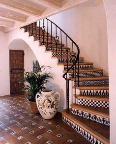 Mexican Style Homes, Hacienda Style Homes, Mexican Home Decor, Spanish Style Homes, Spanish House, Spanish Style Interiors, Hacienda Kitchen, Spanish Style Bathrooms, Hacienda Decor