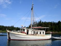 Converted Trollers photos page 1 Speed Boats, Power Boats, Pilothouse Boat, Trawler Boats, Liveaboard Boats, Classic Yachts, Boat Projects, Old Boats, Boat Painting