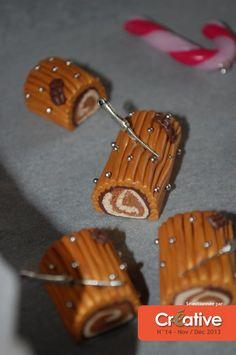 Place au modelage gourmand avec cette technique pour créer des bûches en pâte polymère ! Et oui : Noël approche à grand pas, et quoi de plus original que d'arriver aux repas de famille avec des bûches patissières dés l'apéro !? Ici il s'agit de bijoux, mais laissez libre cours à vos idées déco ...