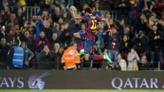 Seriously how does he jump that high? Fc Barcelona, Neymar Pic, Good Soccer Players, Football Soccer, Role Models, In This Moment, Sports, Brazil, Jr