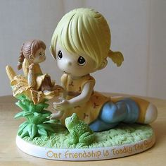 Precious Moments OUR FRIENDSHIP IS TOADLY THE BEST Disney Fairies Magic Figurine             ( not from Peter Pan )