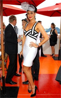NWT Herve Leger Black and Grey Sweetheart bandage dress XXS White Fashion, Modern Fashion, Megan Gale, Race Wear, Herve Leger Dress, Spring Racing, Races Fashion, Australian Fashion, Fashion Sewing