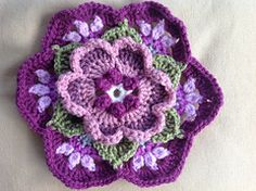 Ravelry: craftyfingers' Vintage look Fridas flowers