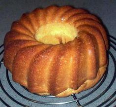 La meilleure recette de Gâteau femme pressée! L'essayer, c'est l'adopter! 4.7/5 (19 votes), 31 Commentaires. Ingrédients: La recette la plus simple de la planète, à 'customiser' à volonté! Ingrédients: 200g de farine 150g de sucre 1 sachet de levure 4 oeufs 100ml d'huile cuisson 180° pendant 30 minutes on peut y ajouter différents extraits: orange, citron, vanille ou différentes épices: canelle, mélange pain d'épices chocolat ou fruits confits! Bref...
