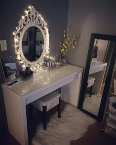 20 ideas for bedroom desk organization ikea dressing tables Ikea Vanity Table, Mirrored Vanity Table, Mirror Vanity, Ikea Malm Dressing Table, Dressing Tables, Dressing Mirror, My New Room, My Room, Makeup Organization Ikea