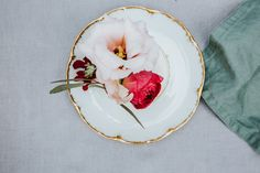 Garden Wedding, Panna Cotta, Romantic, Tableware, Ethnic Recipes, Food, Wedding Photography, Bridesmaids, Dulce De Leche