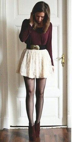 Skater skirt, tights