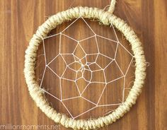 DIY dream catcher .. easy to personalize. can use this little tutorial for a dream catcher baby mobile