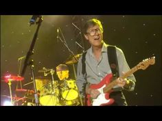 The Shadows 50th Anniversery with Sir Cliff Richard on BBC HD - Royal Variety Performance 2008 - YouTube