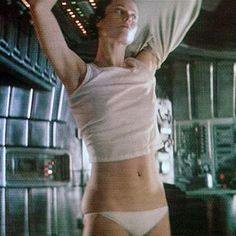 i want to be caught in deep space with these girls Sherry Jackson, Classic Sci Fi Movies, Arte Alien, Emma Watson Sexiest, Alien Queen, Sigourney Weaver, Aliens Movie, Space Girl, Por Tv