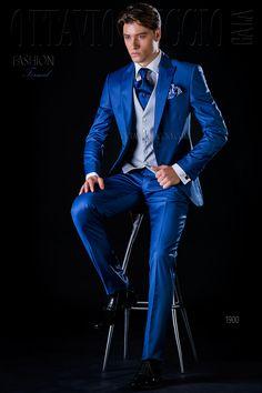 Royal blue peak lapel wedding tuxedo  #groom #suit #luxury #menswear #dapper #elegance #royalblue #wedding
