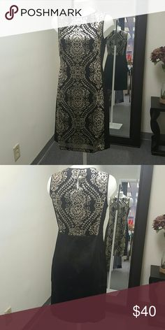 Beautiful dress size A head-turning entrance in this black and gold Medallion sheath dress by Donna Ricco. Donna Ricco Dresses High Low
