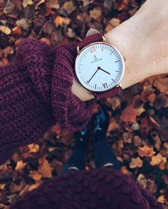 Montre pour femme : when autumn meets winter an Trendy Watches, Sport Watches, Cool Watches, Watches For Men, Ladies Watches, Casual Watches, Men's Watches, Flower Yellow, Estilo Geek