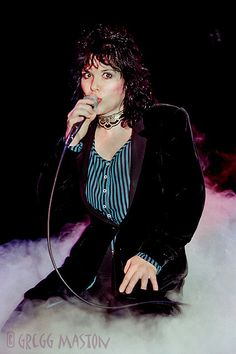 Ann Wilson- my favorite female vocalist:)
