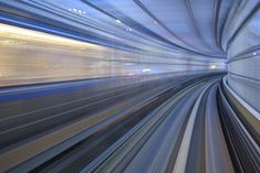 photographer Appuru Pai based in Tokyo who for the last few years has been capturing these fantastic long exposure photos of the Yurikamome transit line that travels between the Japanese cities of Shimbashi and Toyosu.