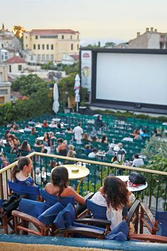 Open air cinema in the centre of Athens Outdoor Cinema, Outdoor Theater, Mykonos Greece, Athens Greece, Crete Greece, Air Travel, Travel Box, Places To Travel, Places To Go