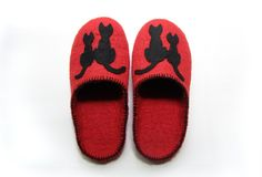 Felted natural wool slippers Cat / red /  wine / by elijana, $59.00