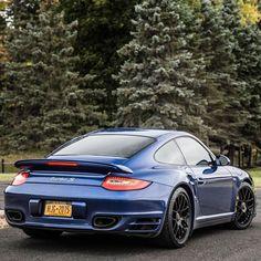 Porsche 911 Turbo s - https://www.luxury.guugles.com/porsche-911-turbo-s-4/