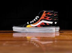 18375b7a0f Shop Vans shoes at Renarts