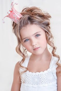 happy day out - (Source: a-whisper-of-roses, via a-sprinkle-of-pretty) cute little princess Beautiful Little Girls, Cute Little Girls, Beautiful Children, Beautiful Babies, Cute Kids, Cute Babies, Baby Kids, Beautiful Eyes, Fashion Kids