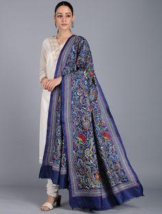 Pakistani Dress Design, Pakistani Outfits, Indian Outfits, Embroidery Suits Design, Embroidery Dress, Kurti Designs Party Wear, Dress Designs, Kurta Designs Women, Silk Dupatta