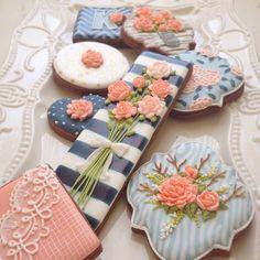 Flowers Cookies // Arty McGoo