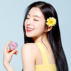 Seulgi, Kpop Girl Groups, Kpop Girls, Red Velvet Photoshoot, Red Valvet, Redvelvet Kpop, Red Velvet Irene, Velvet Fashion, Yoona