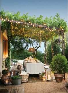 The 15 Most Beautiful Dining Rooms on Pinterest Sanctuary Home Decor Backyard String Lights, Backyard Lighting, Outdoor Lighting, Landscape Lighting, Lighting Ideas, Pathway Lighting, Exterior Lighting, Ceiling Lighting, Porches